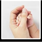 母子の手イメージ